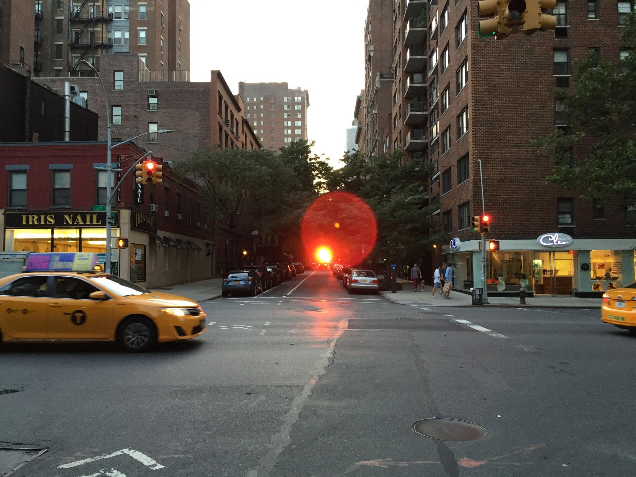 Manhattan henge